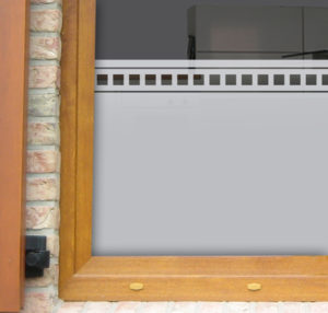 Fensterfolie mit Bordüre aus Quadraten