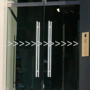 Glastür Aufkleber Pfeile Kontur